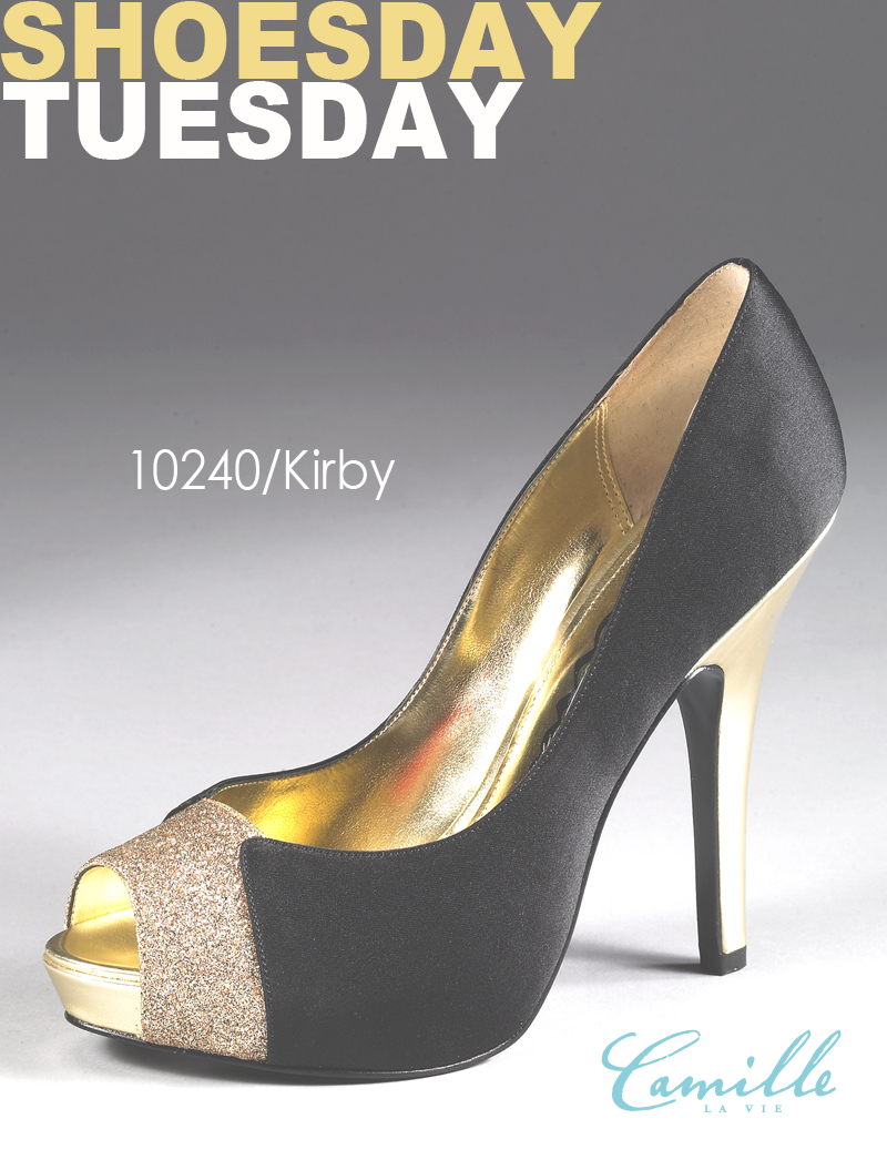 It's fabulous Shoesday Tuesday yet again, ladies!