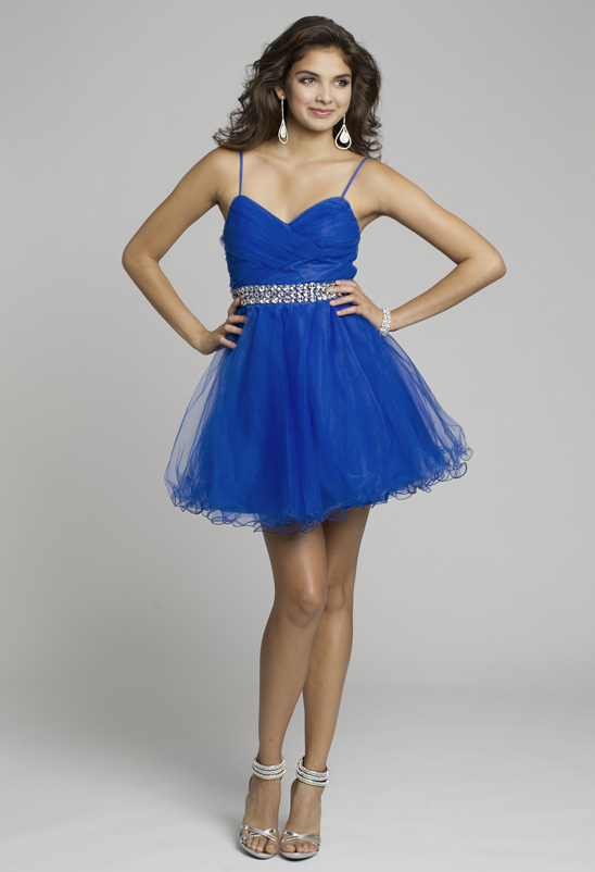 Shop this blue homecoming dress!